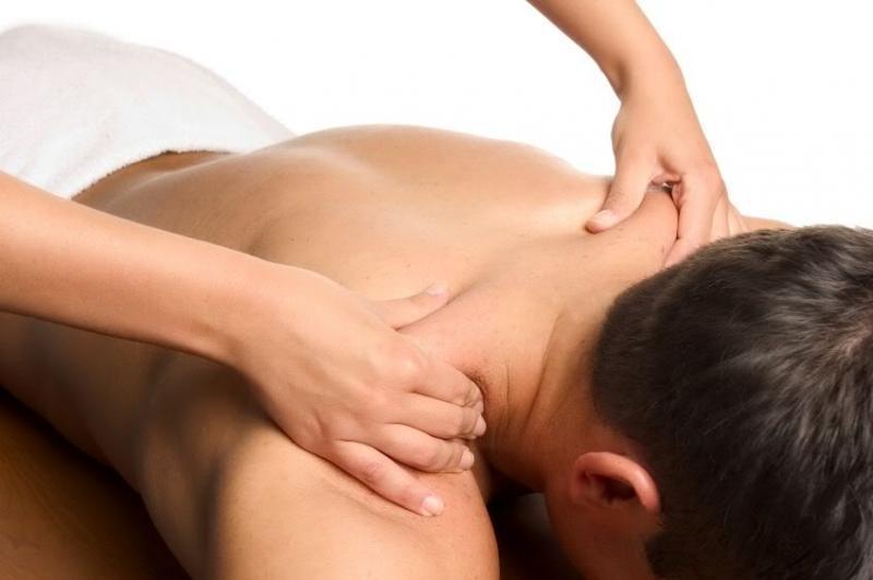 hvad er body to body massage massage med happy
